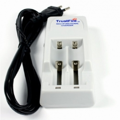 Зарядное устройство Trustfire